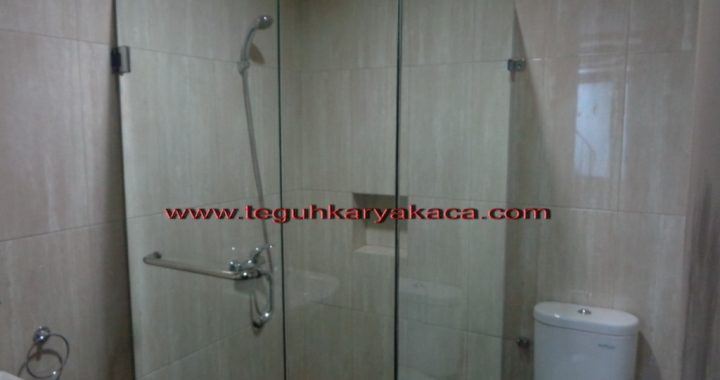 Kaca Shower box