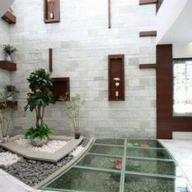 Lantai kaca kolam