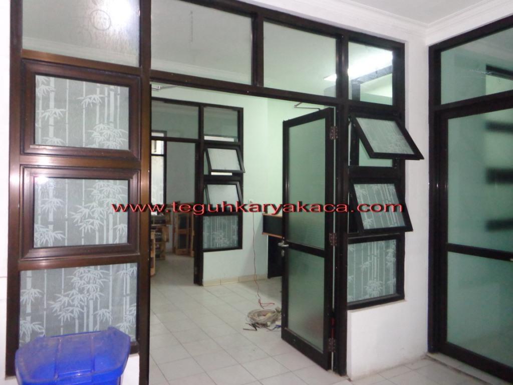 Pintu Aluminium Dan Jendela Rsud Lembang Teguh Karya