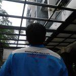 canopi kaca tempered