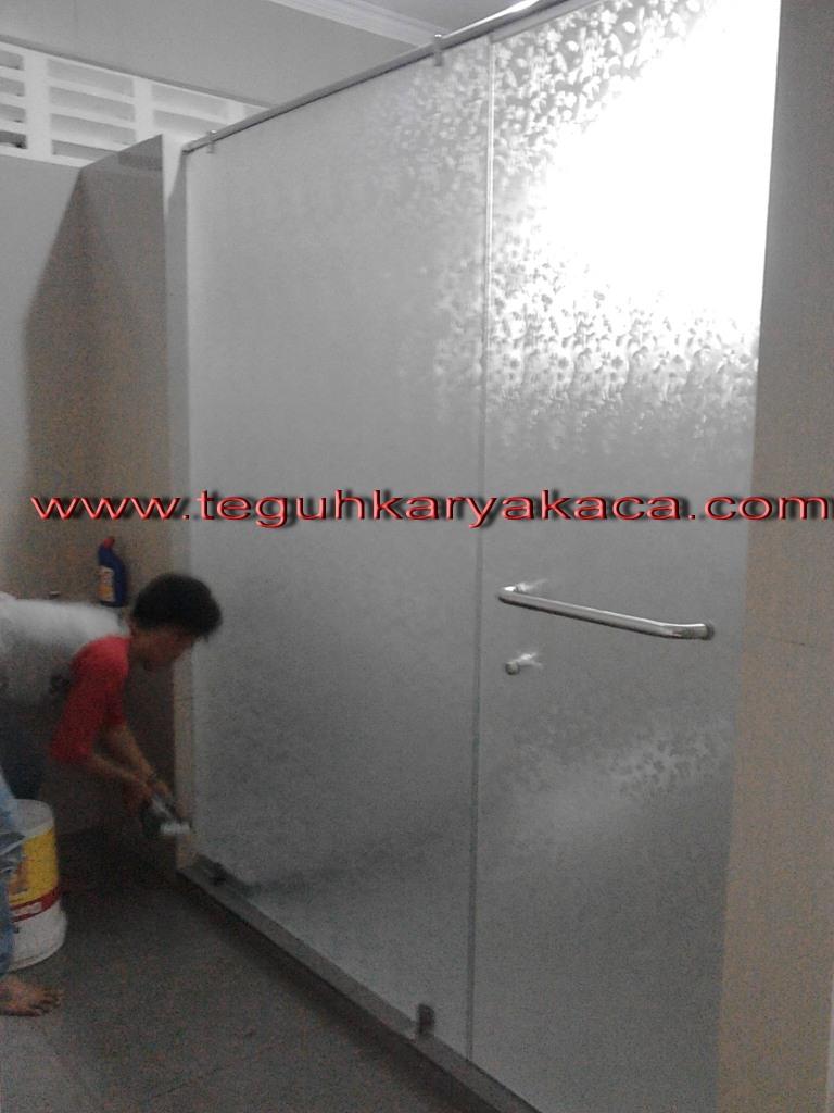 Shower Screen Kaca Kamar Mandi Teguh Karya Kaca Dan Aluminium