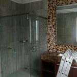 shower screen kamar mandi kaca tempered