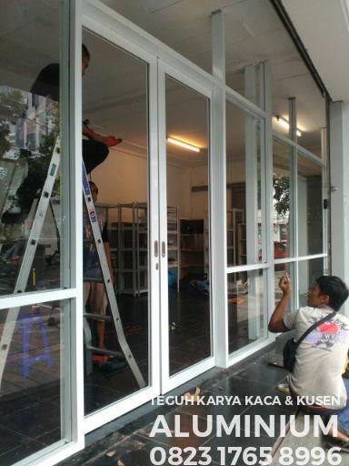 Jual Kusen Pintu Geser Alumunium Kaca Putih Kota Bandung