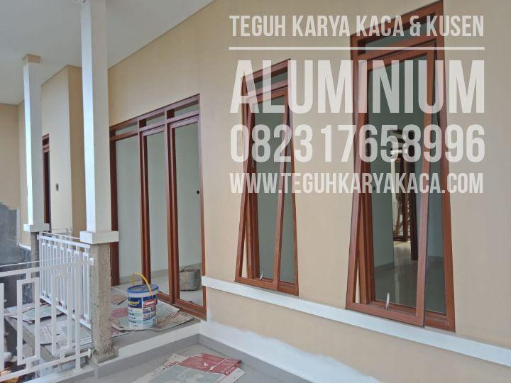 Aluminium Motif Serat Kayu Untuk Rumah Di Ujung Berung Bandung